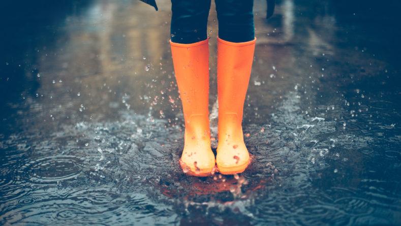Jesienny deszcz z kaloszami niestraszny!